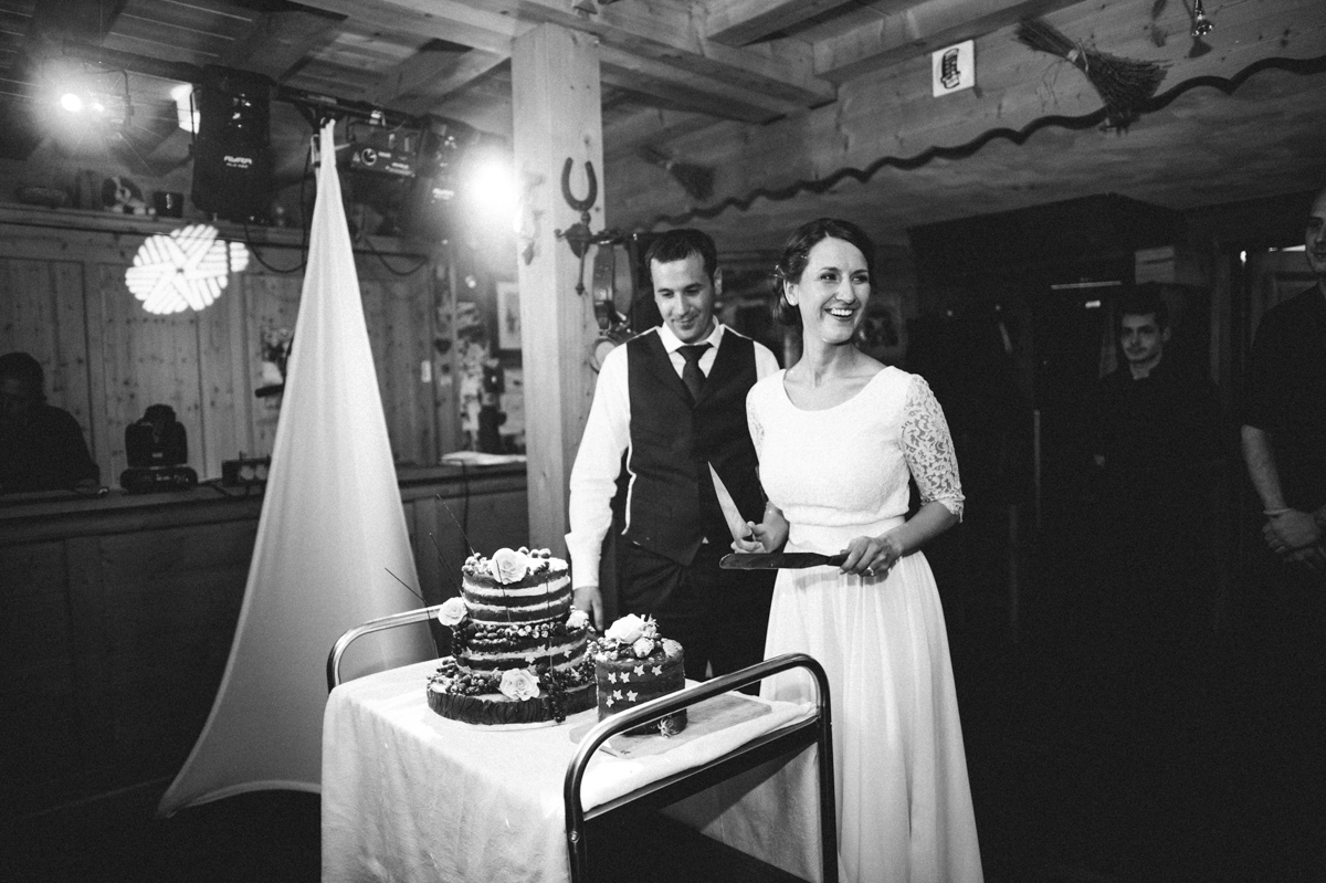 194_mailys_fortune_photographe_mariage_accroche_coeur