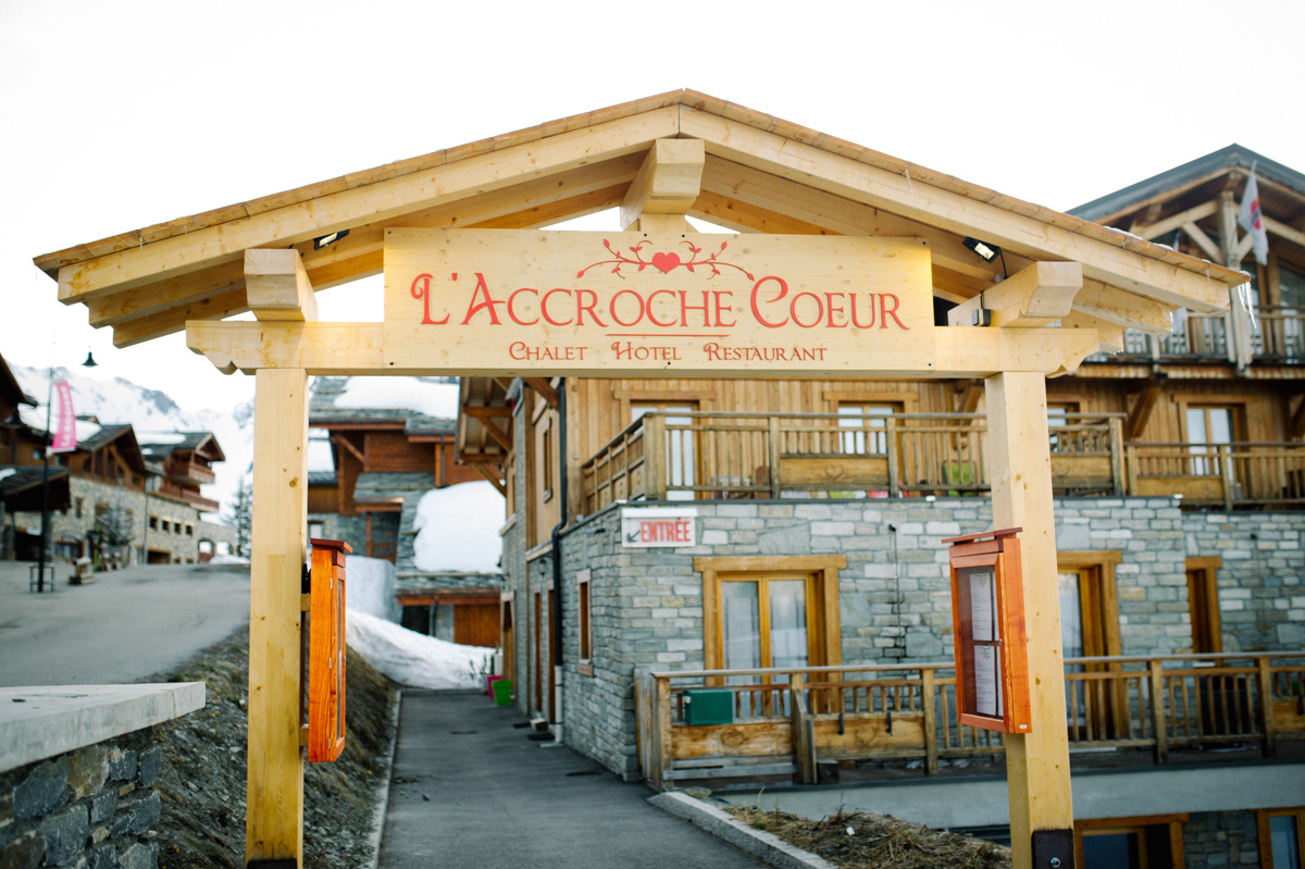 1_mailys_fortune_photographe_mariage_accroche_coeur